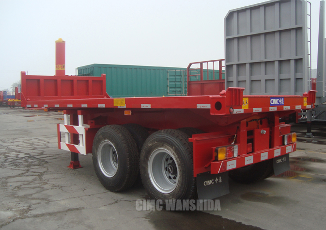 Flatbed tipping semi-trailer