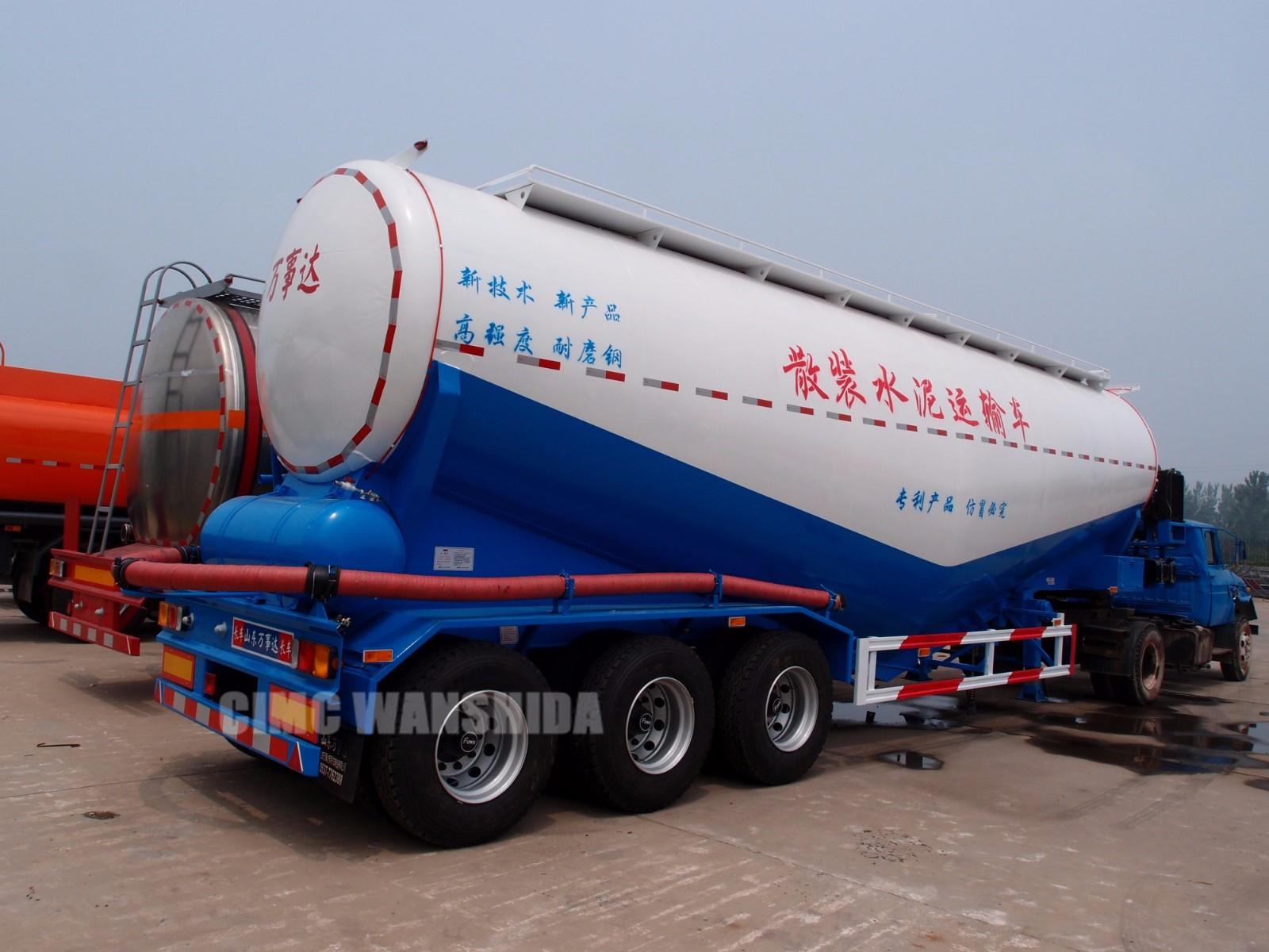 powder tanker trailer