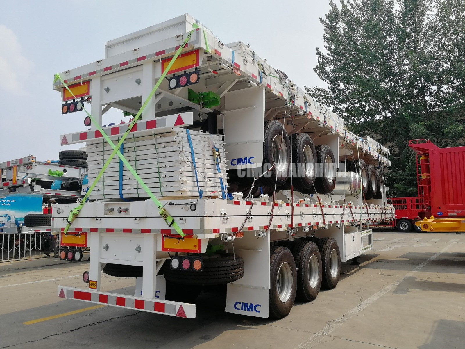 Drop-side tri-axle | CIMC TRAILER