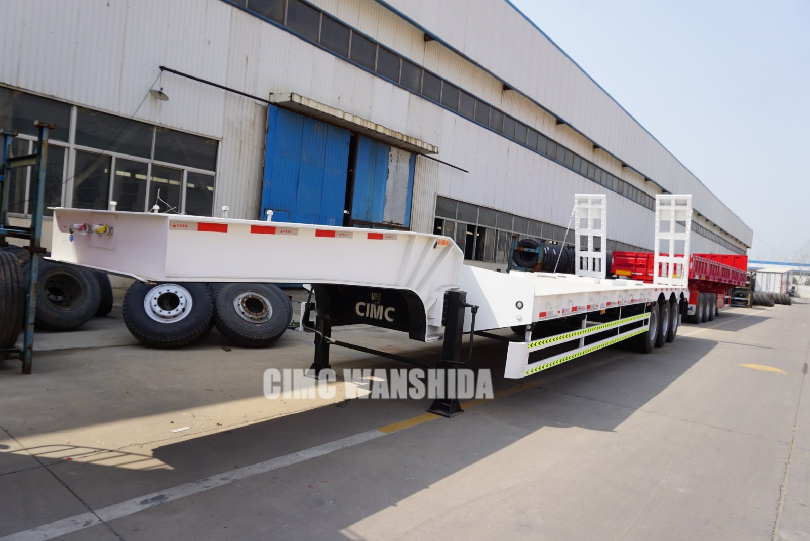 CIMC 65 ton lowbed trailer